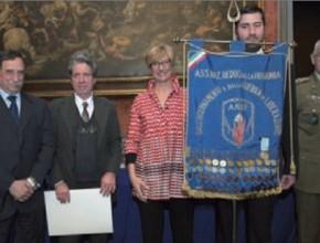 L'ANRP riceve dal Ministro della Difesa Pinotti la Medaglia della Liberazione