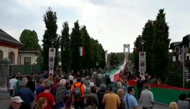 Il Tricolore da Guinness sfila da Gallio ad Asiago per il 2 giugno 2018