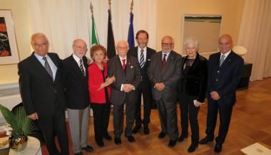 Servizio di TG2000 sul conferimento a Michele Montagano del titolo di Ufficiale della Repubblica Federale di Germania