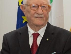 Michele Montagano riceve la Croce al Merito da parte del Presidente della Repubblica Federale Tedesca