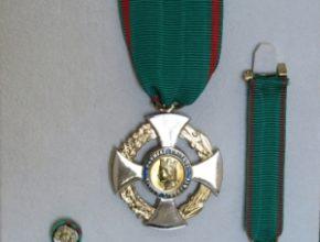 """Consegna dell'Onorificenza di Cavaliere dell'Ordine: """"Al Merito della Repubblica Italiana"""" a Basilio Pompei"""